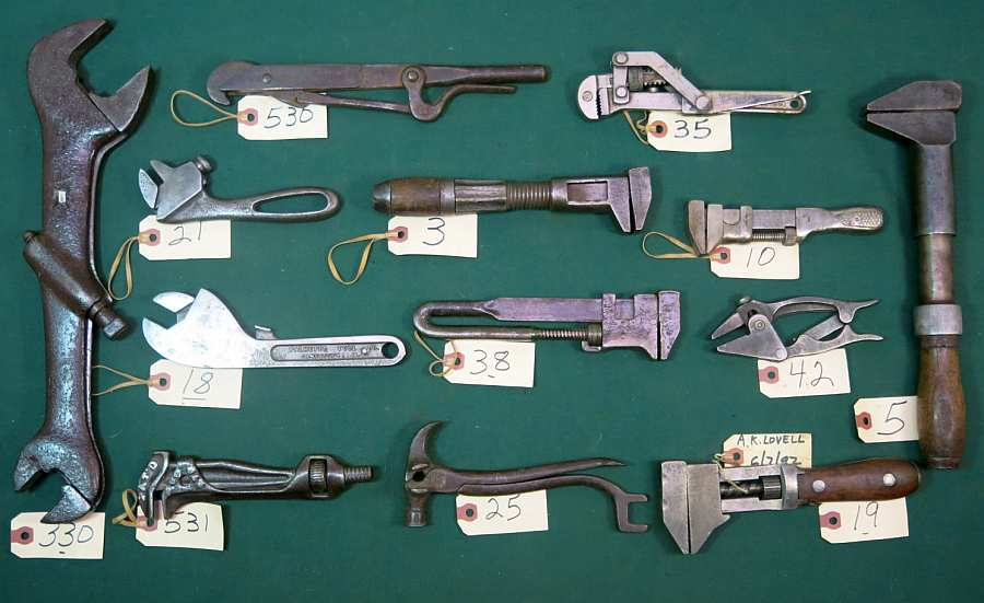 Spring 2016 Wrenching News Auction -  - Rare adjustable wrenches